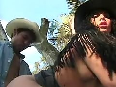 Man fucks hot nasty shemale outdoor